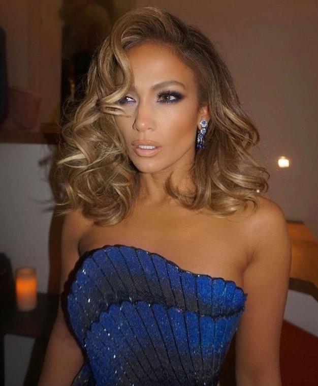 Jennifer Lopez je bila v tej obleki videti kot prava princesa - Foto: Profimedia