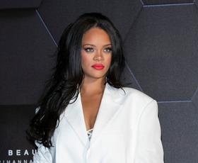Rihanna je že napovedala, kakšno bo letošnje praznično ličenje