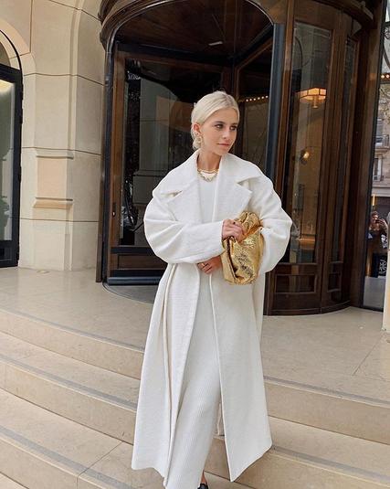 Belo barvo bomo to zimo nosili tako (+ 5 najlepših modnih kosov) - Foto: Instagram