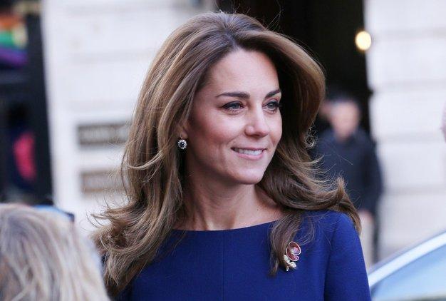 Elegantna zelena obleka Kate Middleton je naš navdih za božični večer - Foto: Profimedia