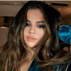 Selena Gomez dokazuje, da je pižama kostim še vedno v modi