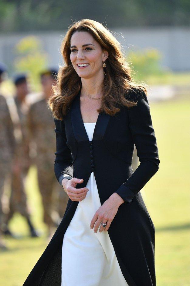 Kate Middleton je opustila svojo najbolj prepoznavno pričesko - Foto: Profimedia