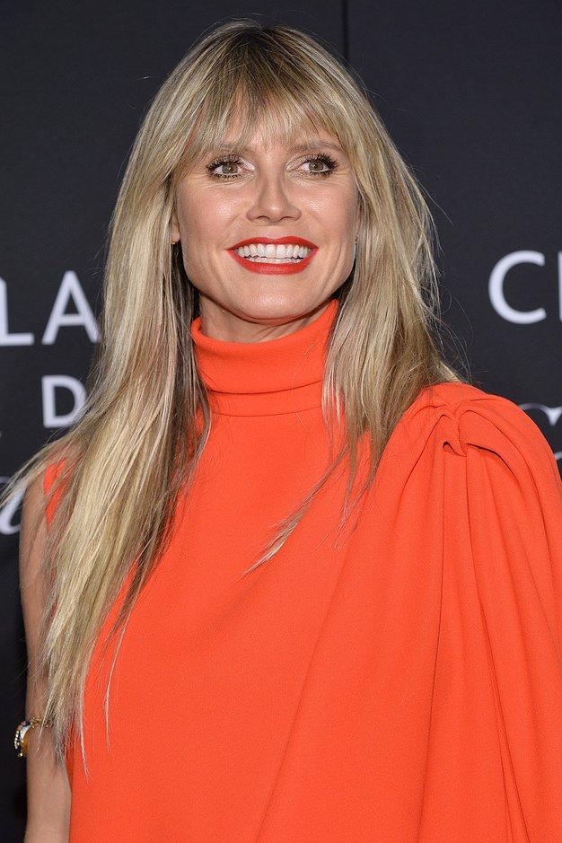Prosojne obleke bomo to praznično sezono nosili kot Heidi Klum - Foto: Profimedia