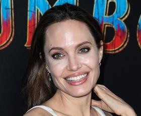 Angelina Jolie je nosila popolno obleko za sproščene dni