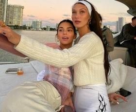 Ob pogledu na kopalke Belle Hadid in Kendall Jenner si boste zaželeli poletja