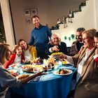 Tole bi lahko bilo nekaj za vas: preprosto pripravljena luksuzna večerja, ki praznikom doda vrednost