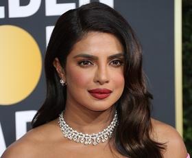 Priyanka Chopra je blestela v čudoviti spomladanski obleki
