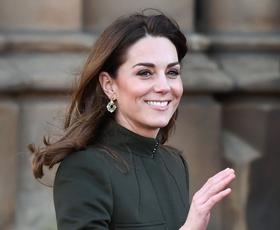 Zaljubili smo se v rdečo obleko Kate Middleton