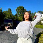 Kylie Jenner to poletje prisega na ta prikupen klobuček
