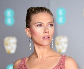 Zaljubili smo se v obleko Scarlett Johansson, ki jo je nosila na podelitvi nagrad bafta