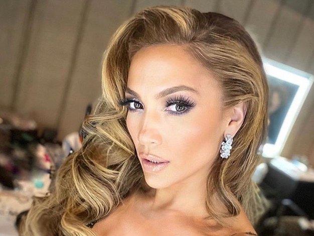 Pozabite na bele superge, Jennifer Lopez je nosila take - Foto: Profimedia