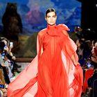 To so najbolj odmevne obleke modnega tedna v New Yorku, ki si jih morate ogledati