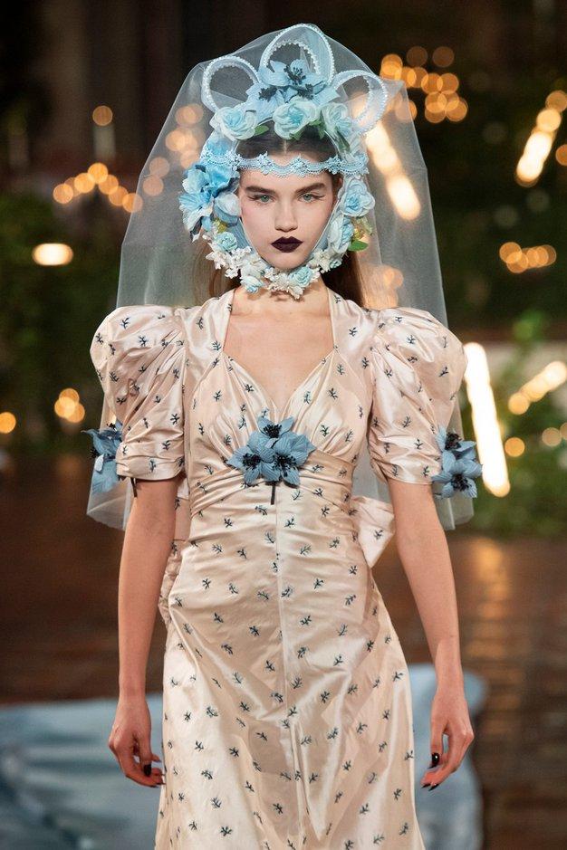 Najboljši trendi pričesk z modnih pist tedna mode v New Yorku - Foto: Profimedia