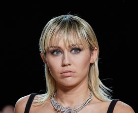 Miley Cyrus se je sprehodila po modni pisti Marca Jacobsa