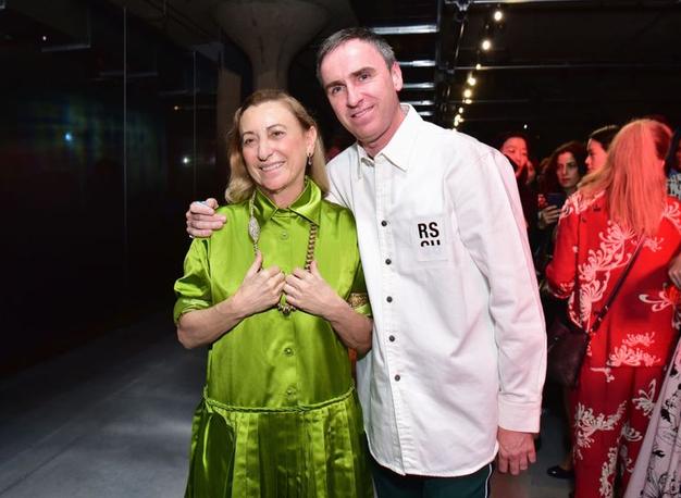 Raf Simons ob boku Miuccie Prade. Kaj to pomeni za prihodnost modne znamke? - Foto: Profimedia