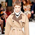 Ta enostaven modni trik smo videli na vsaki modni reviji v Milanu