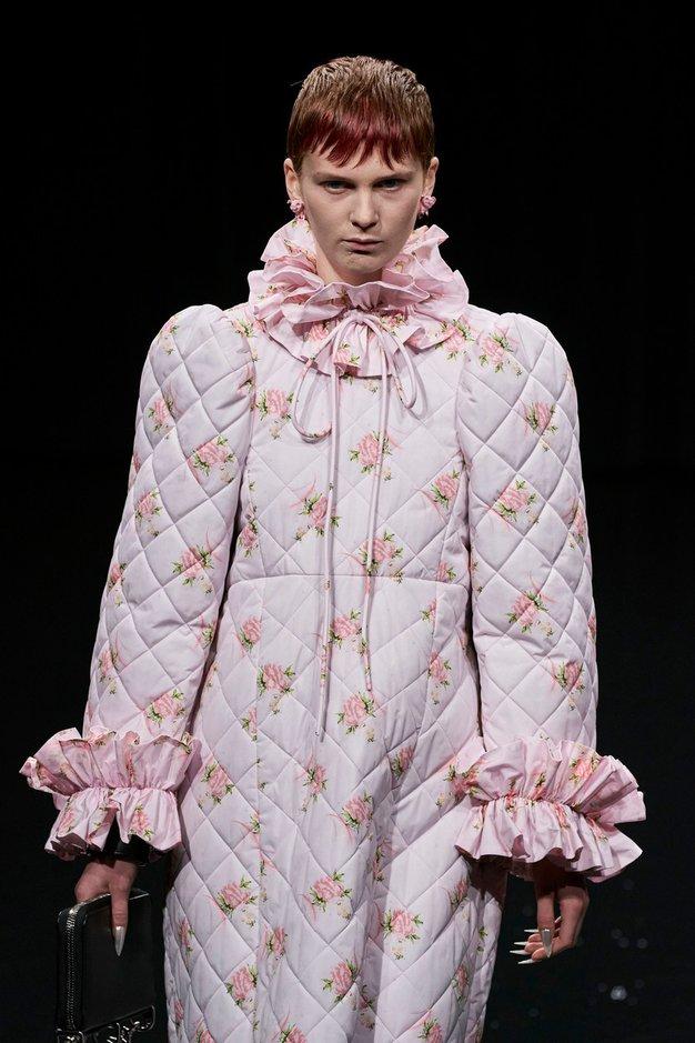 Vse, kar morate vedeti o modni reviji znamke Balenciaga - Foto: Profimedia