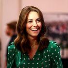 Kate Middleton nima več kratke pričeske. Njeni lasje že več let niso bili tako dolgi