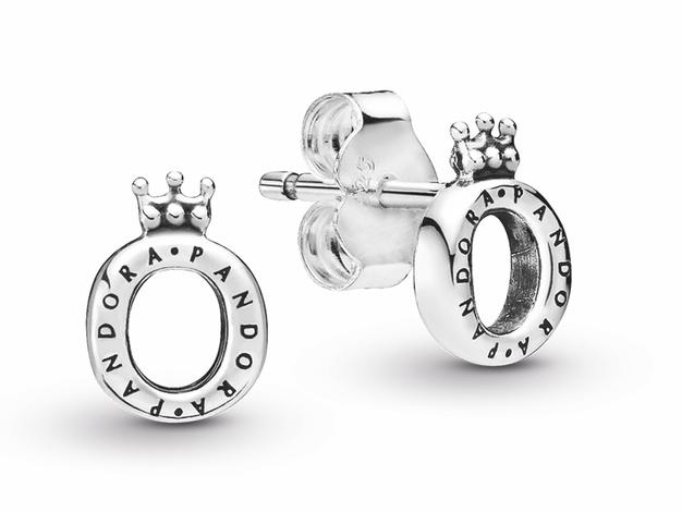 Vsaka od nas si zasluži krono! Poglejte posebno akcijo nakita Pandora - Foto: Pandora