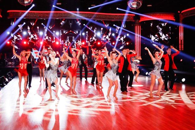 Oddaja Zvezde plešejo v nedeljo odpade! Tukaj je vse, kar vemo o ustavljeni produkciji - Foto: POP TV