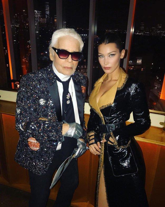 Karl Lagerfeld bi danes praznoval rojstni dan - tu si oglejte 25 njegovih najbolj priljubljenih muz - Foto: Profimedia