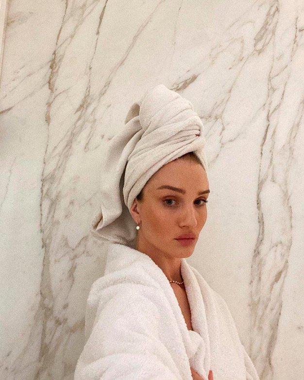 Razkrivamo, kako pogosto bi si morali v resnici umivati lase. Odgovor vas bo presenetil - Foto: Profimedia