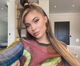Kylie Jenner nas je navdušila z jesenskim stajlingom