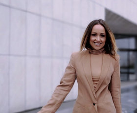 Pozabite na globok dekolte, Nina Šušnjara trenutno prisega na ta modni trend
