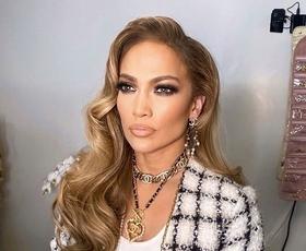 Jennifer Lopez čudovita v najlepšem zimskem plašču doslej