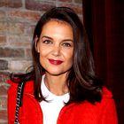 Katie Holmes je na svoj rojstni dan nosila rdeče hlače s tem klasičnim vzorcem