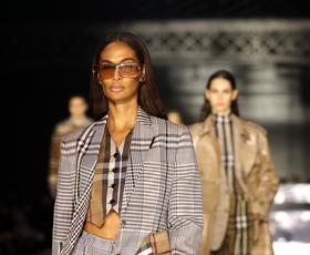 Burberry bo septembra uprizoril modno revijo na prostem