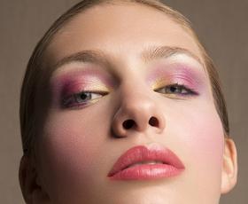 Barvna paleta poletja - edini navdih za ličenje, ki ga potrebujete letos