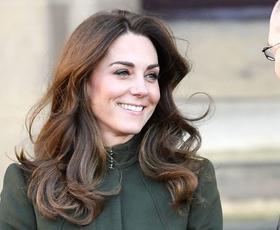 Kate Middleton elegantna v popolni uniformi vsake sodobne delovne ženske