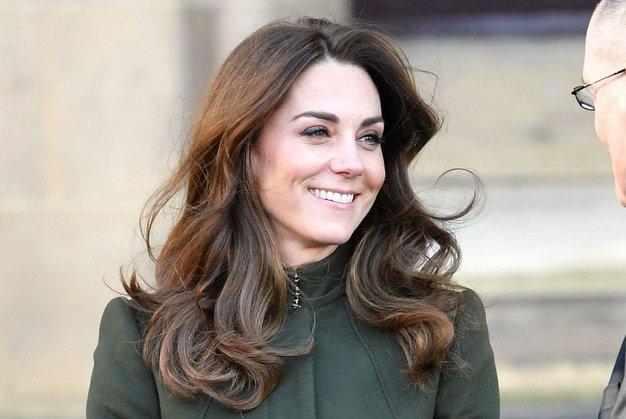 Kate Middleton elegantna v popolni uniformi vsake sodobne delovne ženske - Foto: Profimedia