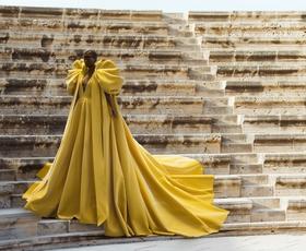 Modna hiša Ralph & Russo predstavlja prvo digitalno avatarko v visoki modi