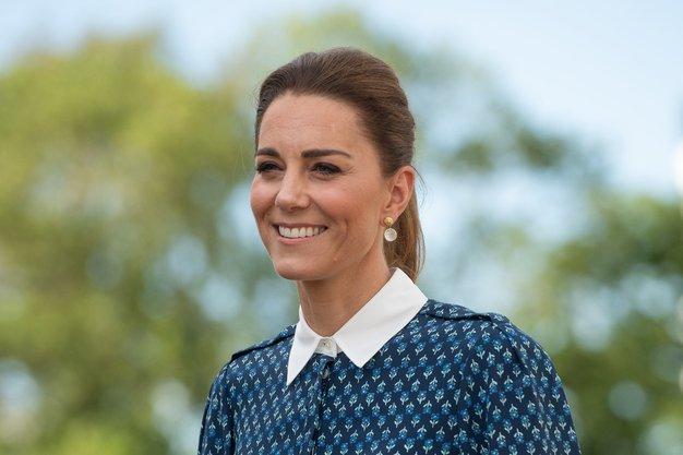 Kate Middleton prelepa v njenem najljubšem zimskem vzorcu - Foto: Profimedia