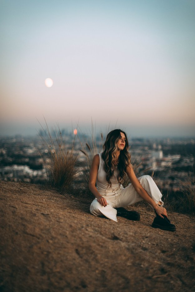 Veliki poletni horoskop: Kaj vas čaka ta mesec? - Foto: Unsplash/ Roberto Nickson