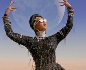 7 najlepših stajlingov, ki jih je Beyoncé nosila v novem vizualnem albumu Black is King
