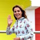 Kate Middleton je blestela v tej obleki s cvetličnim vzorcem