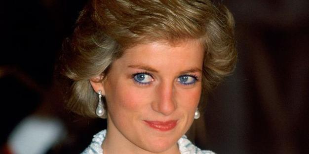 Nikoli ne uganete, zakaj je princesa Diana prenehala uporabljati modro črtalo za oči - Foto: Profimedia