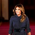 Melania Trump dan pred božičnim večerom nosila kar dva stajlinga. Videti je bila izjemno