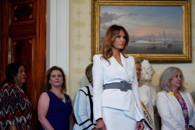 To je stajling, ki ga ves čas nosi Melania Trump