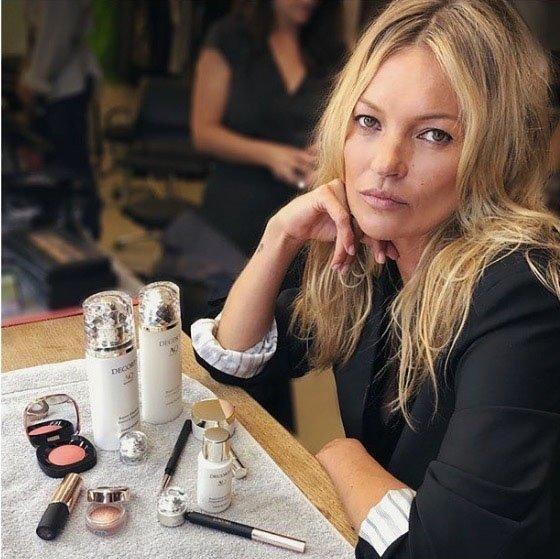 Kate Moss nas je očarala v čudoviti obleki - Foto: Profimedia