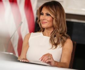 Melania Trump je pravkar nosila to oprijeto obleko