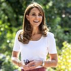 Kate Middleton nam je pokazala, kako nositi džins obleko