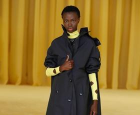 7 modnih trikov s Pradine modne revije, ki jih morate poznati