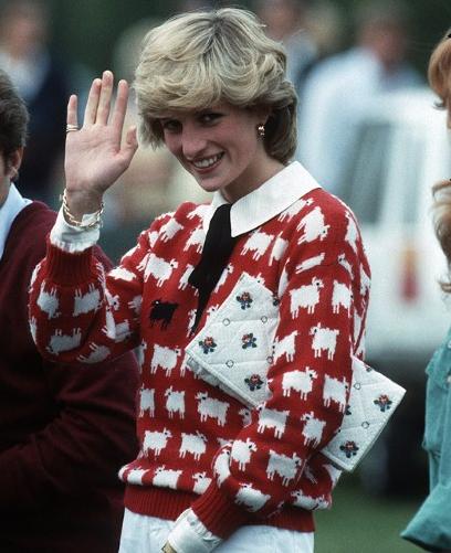 Poglejte, kje lahko kupite najljubši pulover princese Diane - Foto: Profimedia