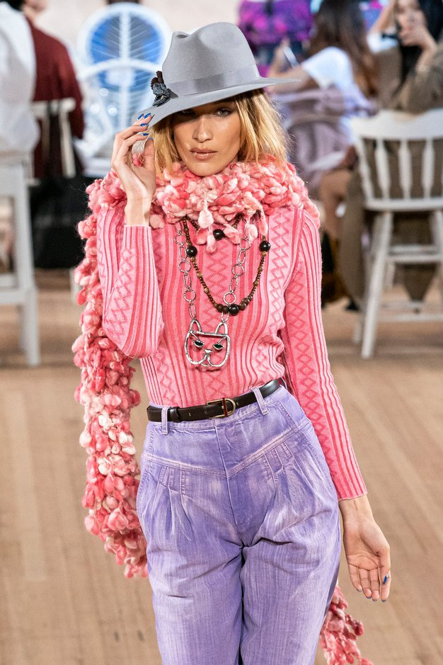10 zimskih šalov, ki so tako topli kot modni - Foto: Profimedia