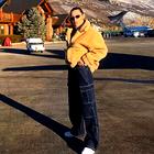 Bella Hadid jeseni prisega na to toplo jakno (+ kje jo kupiti)