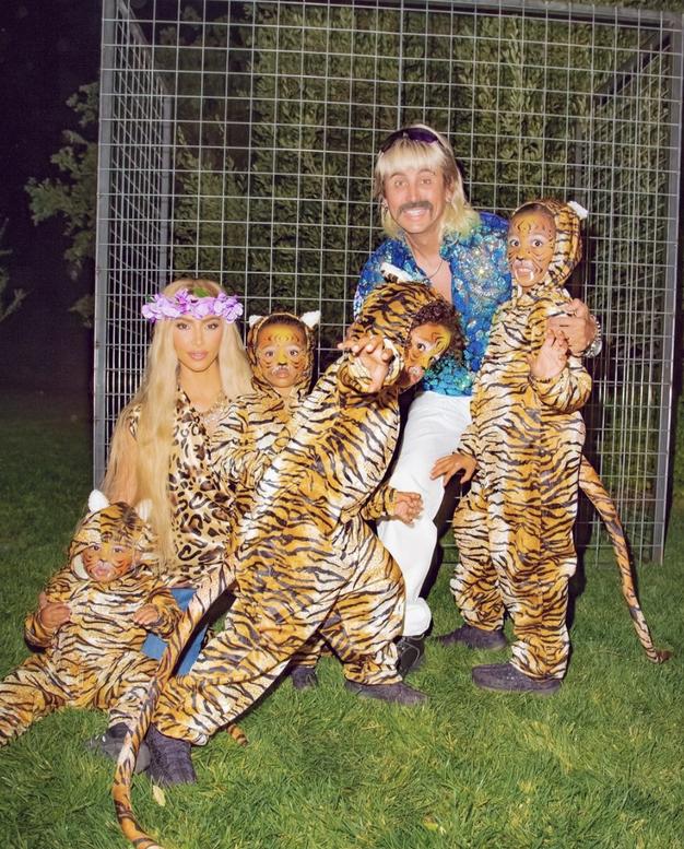 Najboljši kostumi, ki so jih za noč čarovnic nosile zvezdnice - Foto: Instagram